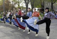 600  Klompen Dancers took to the streets surrounding Centennial Park Wednesday night in Holland .<br /><br />  (Photo by T.J. Hamilton/Grand Rapids Press)